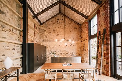 <strong>North Adelaide Barn by Williams Burton Leopardi</strong>