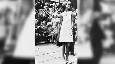 Model Jean Shrimpton at Derby Day in 1965. (Supplied)
