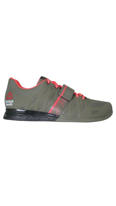 """<p><a href=""""www.reebok.com.au """" target=""""_blank"""">Sneakers, $179.99, Reebok</a></p>"""