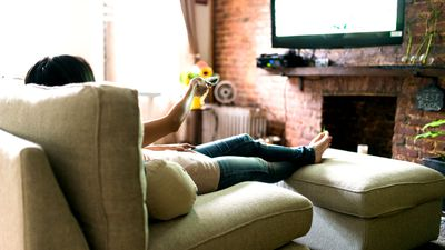 TV binge-watching ups your blood clot risk — even if you're fit