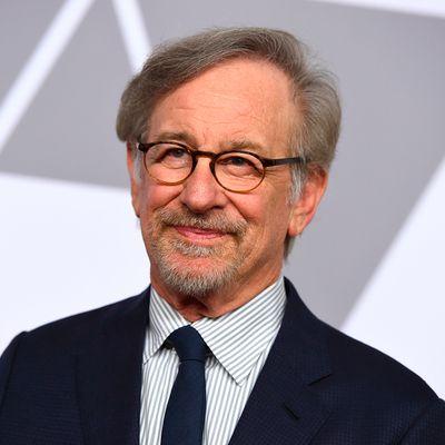 2. Steven Spielberg (US$3.7 billion)