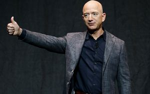 Jeff Bezos sets new record for richest person: Here's who else stacks up