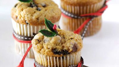 "<a href=""http://kitchen.nine.com.au/2016/05/16/14/21/christmas-mini-muffins"" target=""_top"">Christmas mini muffins</a> recipe"