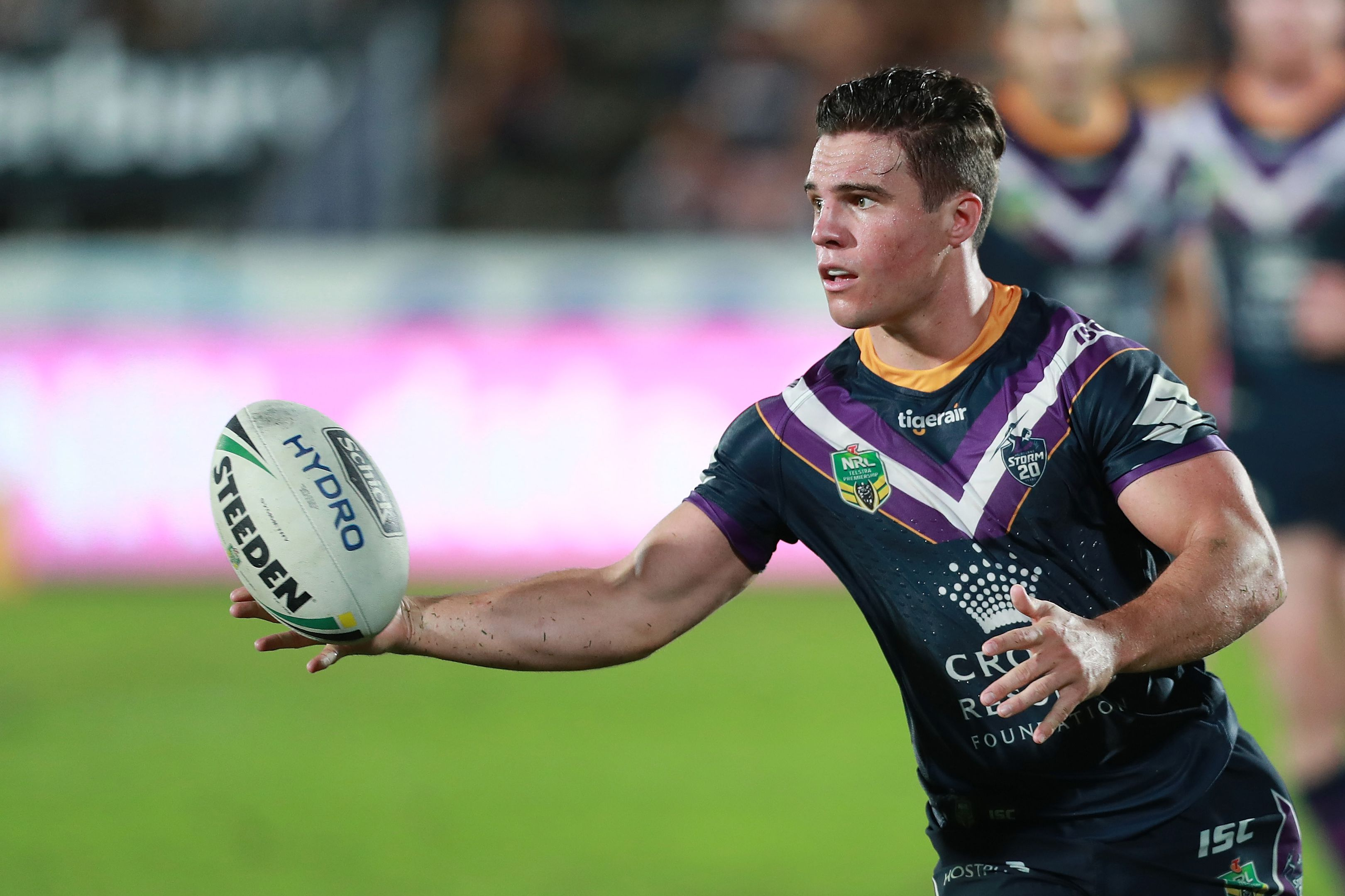 Croft receives the ball against the Tigers