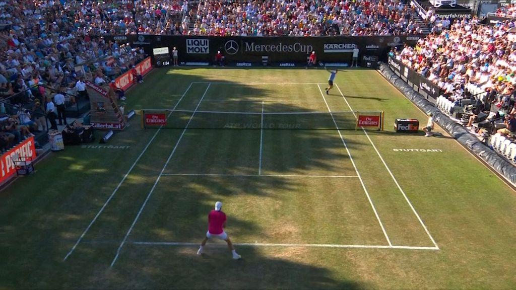 Haas stuns Federer in Stuttgart