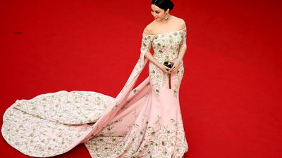 Chinese actress Fan Bingbing arrives for the festival's opening ceremony. (AAP)