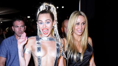 Miley's 'cool mum' Tish Cyrus
