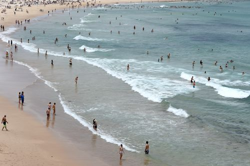 Authorities issue a surf warning after a number of incidents on beaches over the weekend. (AAP)