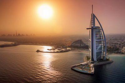 <strong>2. Burj Al Arab Hotel, Dubai</strong>