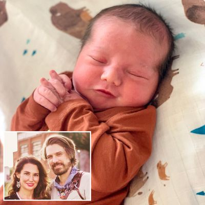 Taylor Hanson and wife Natalie welcome sixth child