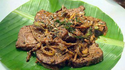 Braised black pepper beef<br>