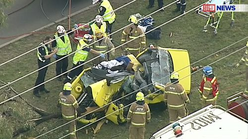 Man in stable condition after car crashes into tree in Melbourne's north-west