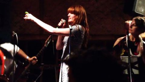Drunk? Florence Welch slams tequila and covers Daft Punk's 'Get Lucky'