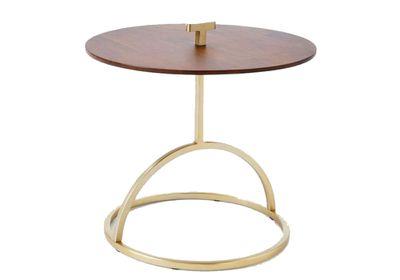 "<a href=""http://www.westelm.com.au/modernist-handle-side-table-wood-h1603"" target=""_blank"">Modernist side table, $249, West Elm</a>"