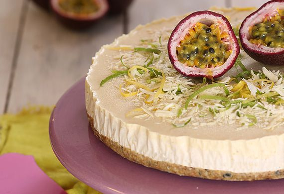 Passionfruit, white chocolate and cashew cheese-fake