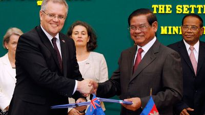 <p>Scott Morrison shakes hands with Sar Kheng, Cambodian Deputy Prime Minister and Minister of the Interior, during a signing ceremony in Phnom Penh, Cambodia, 26 September 2014.</p> <p>Australia and Cambodia signed an agreement on the resettlement of refugees.</p>