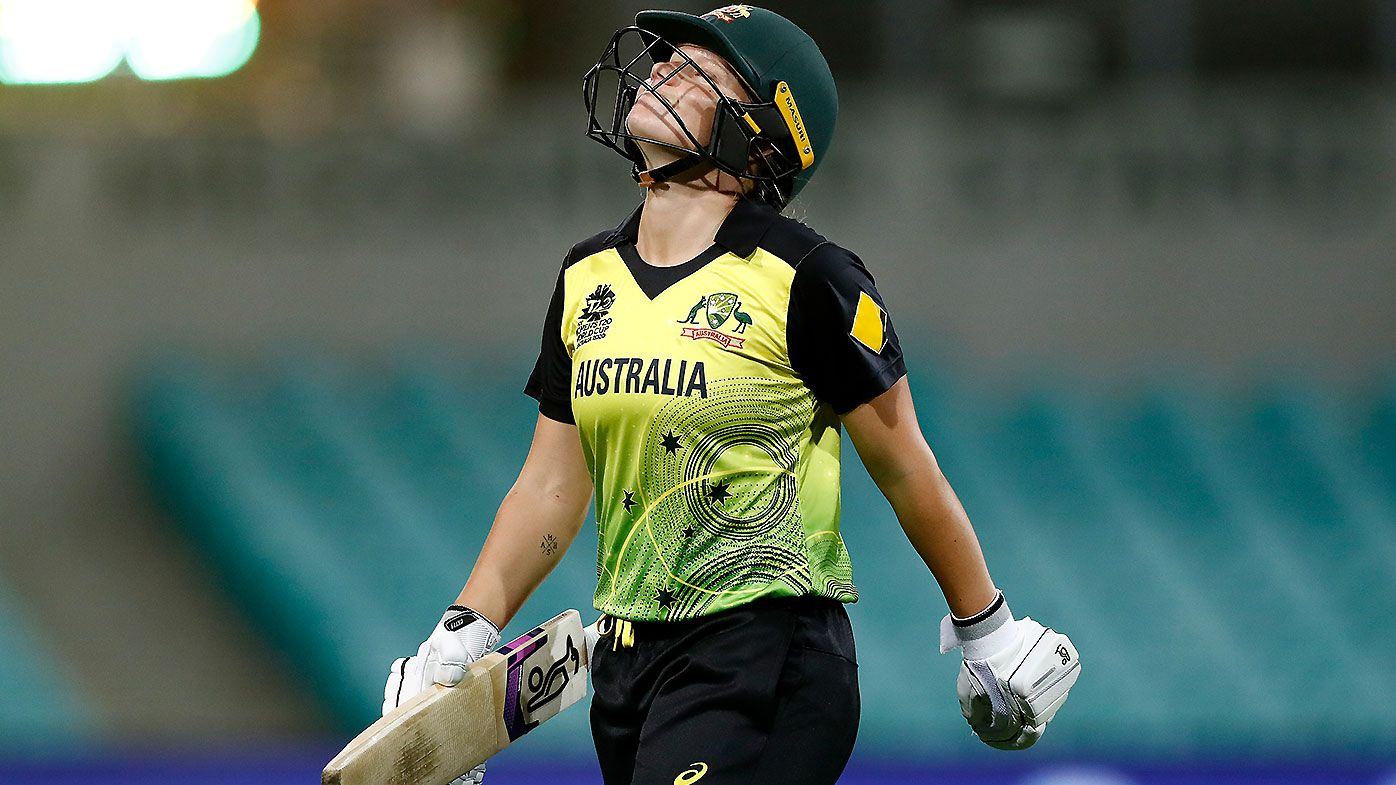Mark Taylor urges Alyssa Healy to take 'risk out of her game' after cheap dismissals