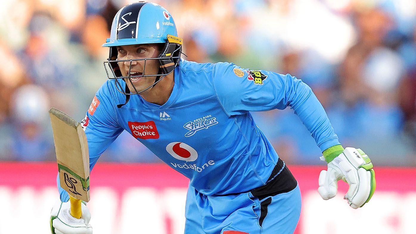 Run-out mars clinical Alex Carey knock as Adelaide Strikers lose to Perth Scorchers
