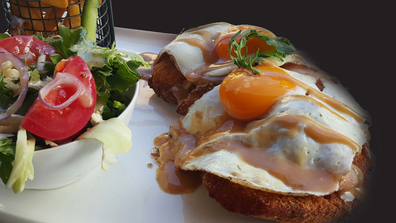 """Schnithouse """"Schnit Faced"""" hangover schnitty"""