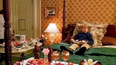 New York Hotel S Luxury Home Alone 2 Experience 9travel