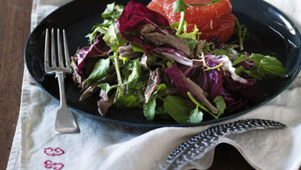 Pigeon salad with grapefruit, radicchio and endive