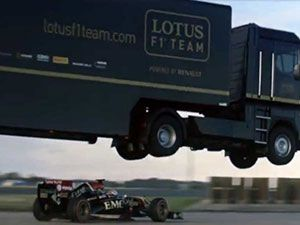 Death-defying F1 stunt breaks world record