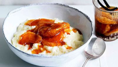 "<a href=""http://kitchen.nine.com.au/2016/05/13/13/18/rice-pudding-with-vanilla-and-caramelised-mandarin-compote"" target=""_top"">Rice pudding with vanilla and caramelised mandarin compote</a>"