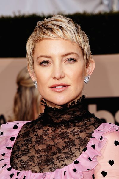 <p><strong><em>Hair</em></strong></p> <p>Kate Hudson shaved her head for a movie role back in July 2017 and has been delighting in her G.I. Jane–style buzzcut ever since.  To walk the red carpet hand-in-hand with mum, Goldie Hawn, Hudson gave her slick haircut a textured finish.</p>