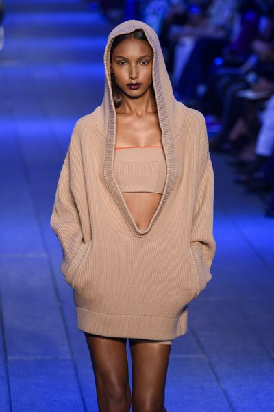 "Jasmine Tookes for DKNY, spring/summer '17, New York Fashion Week.<span class=""Apple-tab-span"" style=""white-space: pre;"">		</span>"