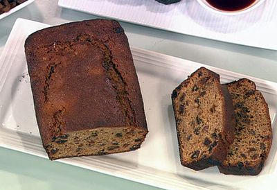 Tea-infused fruit loaf