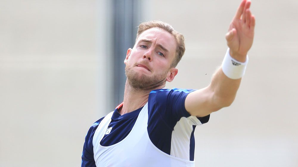 Ashes 2017/2018: England fast bowler Stuart Broad laughs off Warner's Ashes 'war' barb