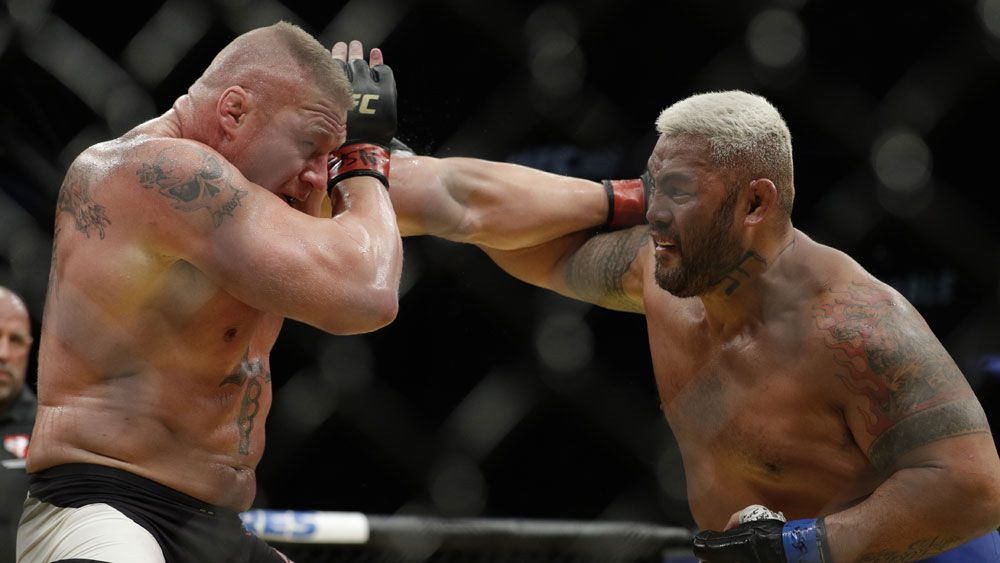 Hunt calls for fighters union, hammers UFC
