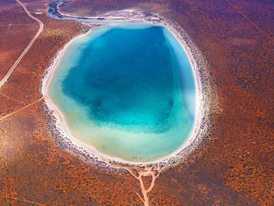 Blue Lagoon (Hulia Boz).