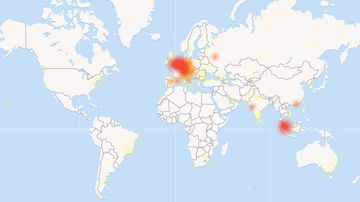 A heat map shows where the thousands of WhatsApp users are reporting issues. (DownDetector)