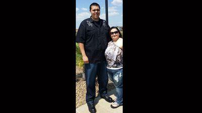 """My husband is 7' and I'm 5' 3""."" (Facebook: Andrea Araiza)"
