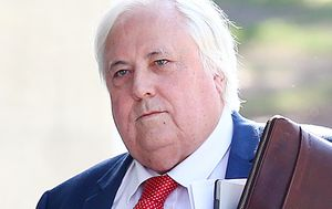 Coronavirus: Clive Palmer 'to launch High Court challenge' to WA border closure after being denied entry