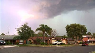 Lightning strikes near Quakers Hill. (9NEWS)