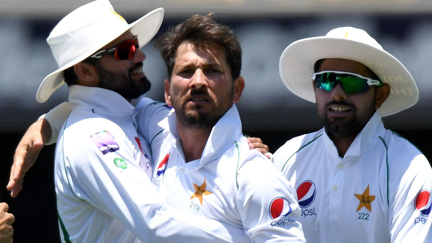 Pakistan get early breakthrough but Australia still strong in 2nd Test