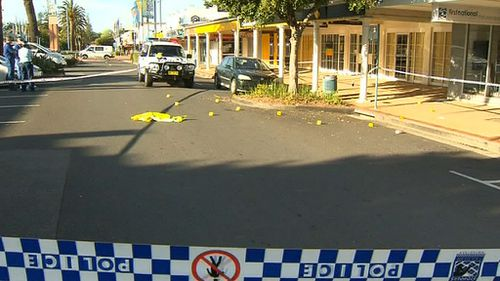 Police established a crime scene outside a Horton Street bank. (9NEWS)