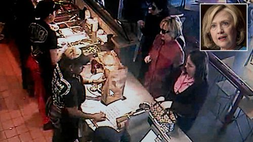 Would you like guacamole with that? Hillary Clinton goes unrecognised in US fast food restaurant