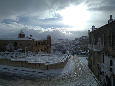 Italy: Snow has continued to fall in southern parts of the country creating stunning imagery