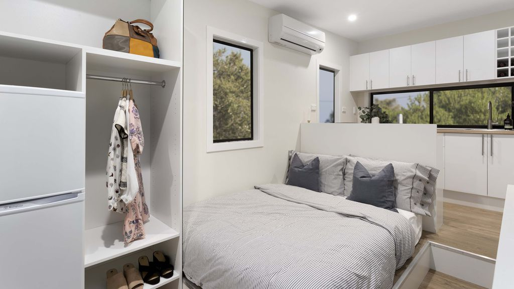 Australia\'s first tiny house auction: home sold for the price of a car