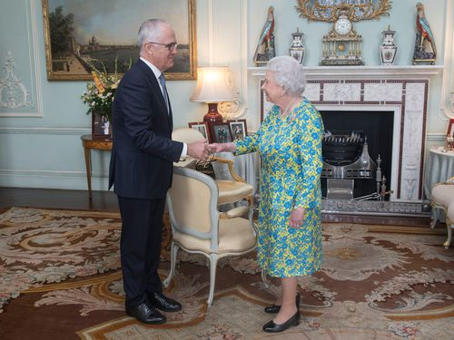 'Elizbethan' and Republican prime minister Malcolm Turnbull meet the Queen earlier this week (AAP).