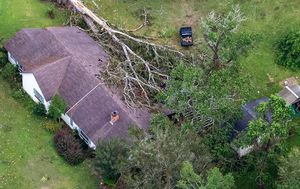 Southwestern Louisiana residents left without power or water 'for weeks' as Hurricane Laura cleanup begins