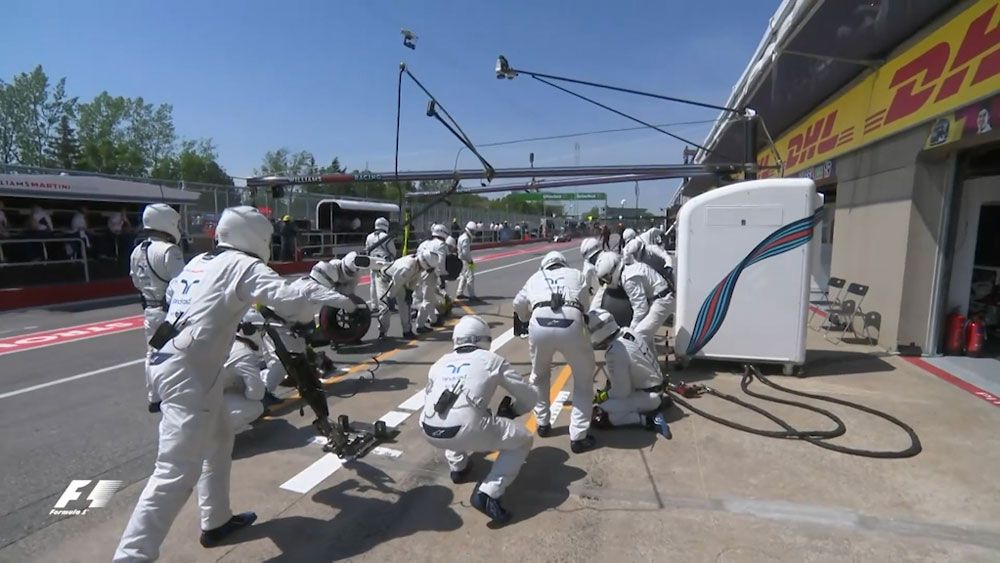 Team Williams post fastest pit stop of 2017 Formula One season with 2.17 seconds