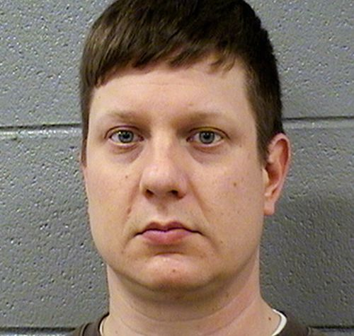 Chicago police officer Jason Van Dyke charged with murder. (AAP)