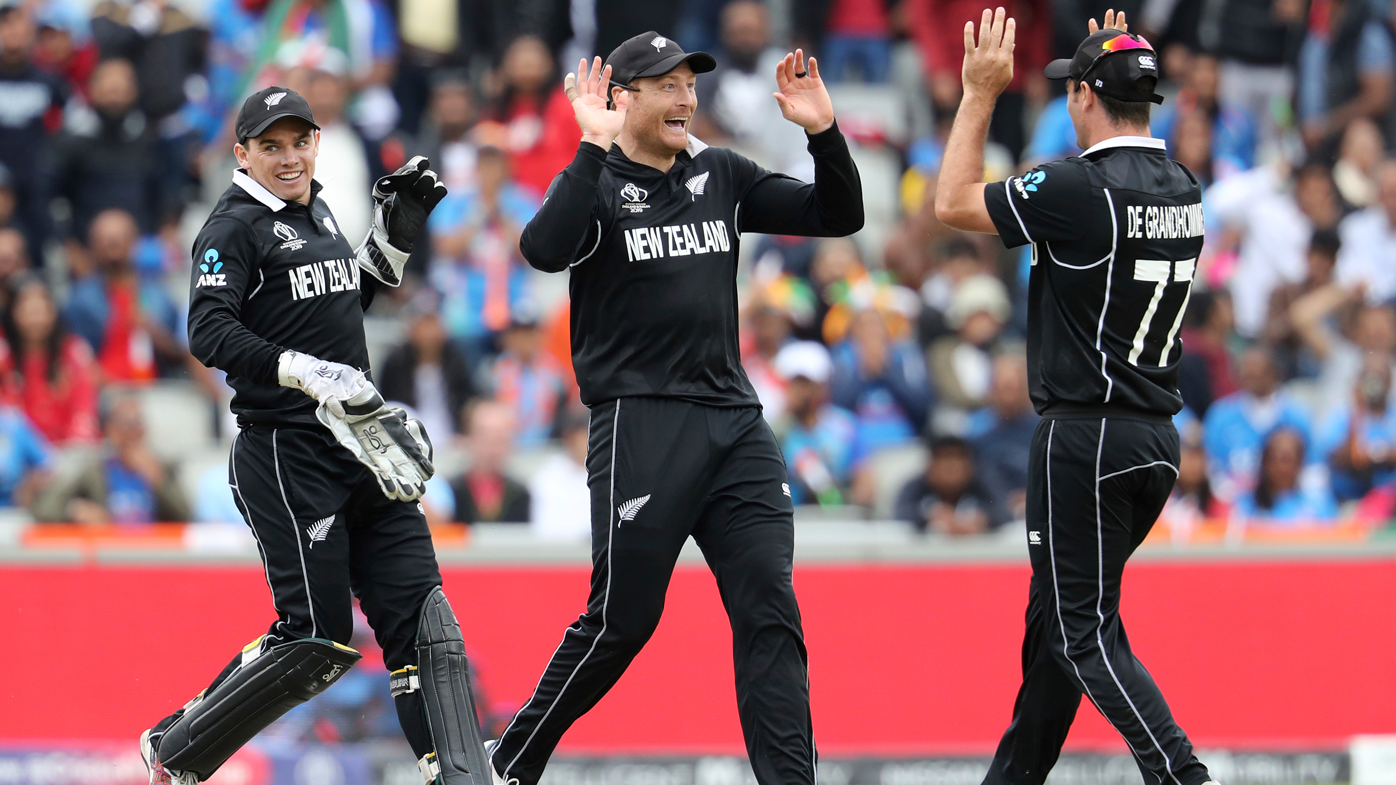 Freakish Martin Guptill direct hit run-out sends New Zealand into World Cup final