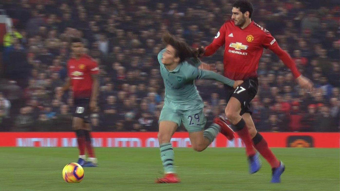 EPL: Man Utd's Marouane Fellaini under fire for pulling Arsenal's Matteo Guendouzi's hair