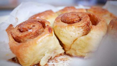 4-ingredient cinnamon scrolls are a baking cheat's dream