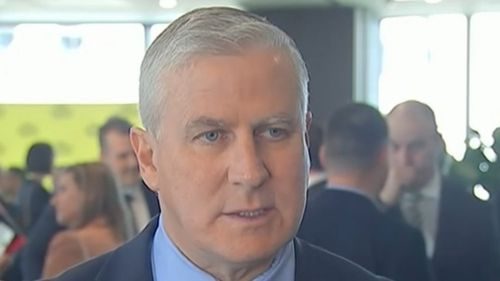 Deputy PM apologises after suggesting Pacific nations can survive climate change by picking Australian fruit
